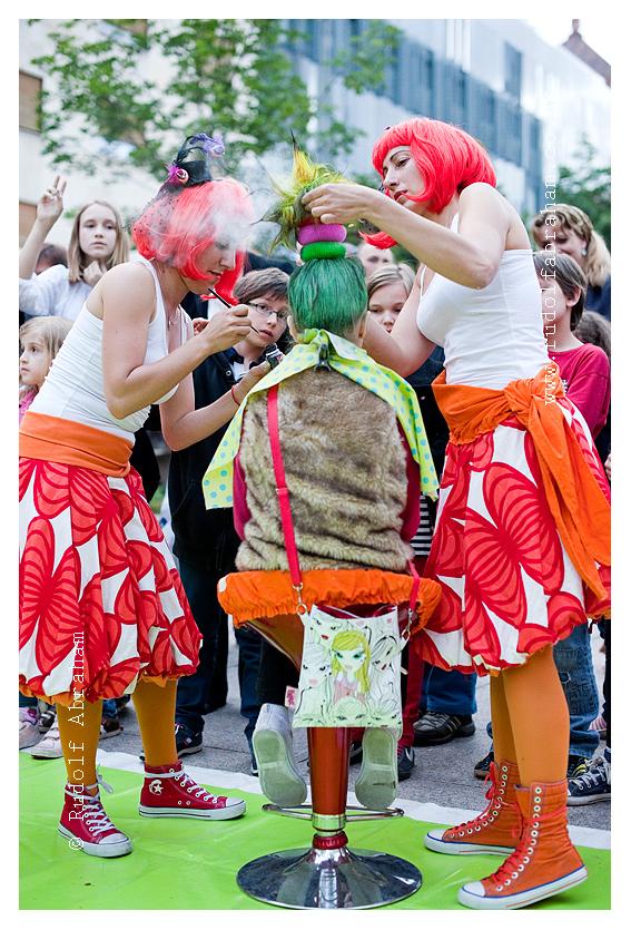 Cest is d'Best 17th International Street Festival in Zagreb, Croatia - Photos copyright Rudolf Abraham HRzag-130605-0201