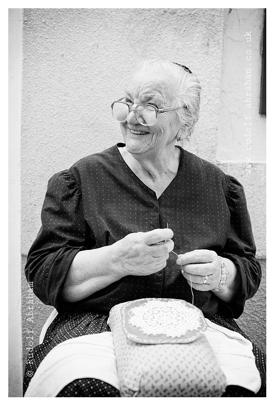 Traditional lace-making, Pag, Croatia. Photography by Rudolf Abraham. © All rights reserved. HRpag_0659a