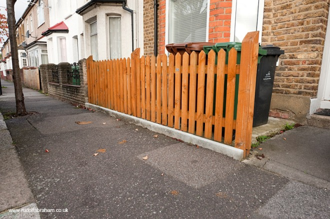 dogfouling-e17-goldsmith-rd-2